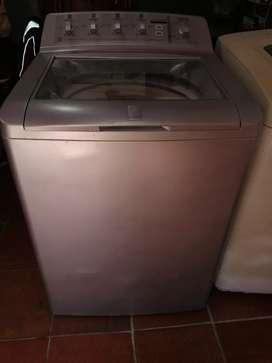 Vendo lavadora general 30lb