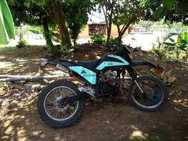 Se vende o se cambia Freedom street fighter 250