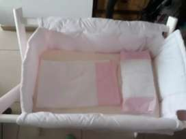 Catre  color rosa