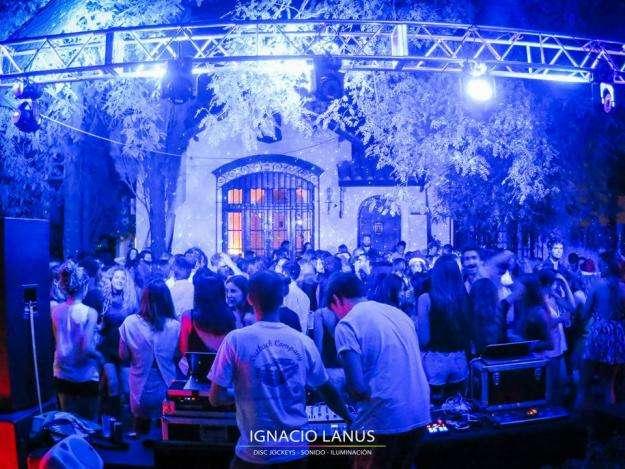 DJ SONIDO VILLA ALLENDE CORDOBA DISC JOCKEY DJ CASAMIENTOS FIESTAS DE 15 DESFILES DE MODA 0