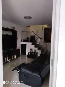 Casa 3 pisos Prados Club