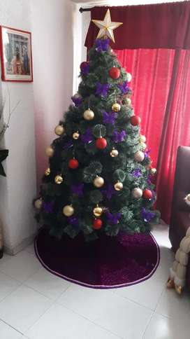 Se vende árbol navideño de 1.90 verona