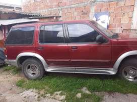 Vendo camioneta 4x4 ford explorer