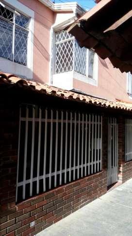 Vendo Casa en Giron o permuto por parcela en piedecuesta, alto de los padres o la mesa recibo vueltos