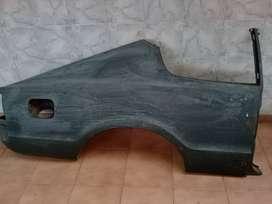 Guardabarro trasero derecho taunus coupe.