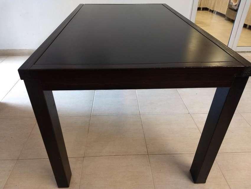 Mesa para 6 U 8 Personas 0