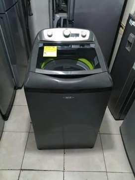 Lavadora 36 haceb, moderna, buen estado, funciona muy bien