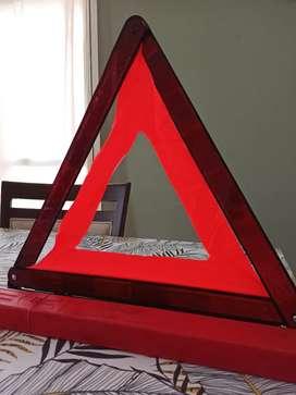 Matafuego vencido 1 Kg + Baliza triangular