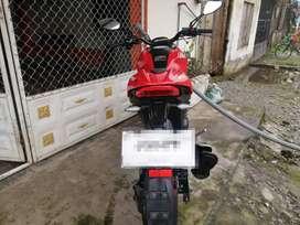 Vendo motocicleta motor1 diavolo 250,6 velocidades, seminueva modelo italiana (ducati)