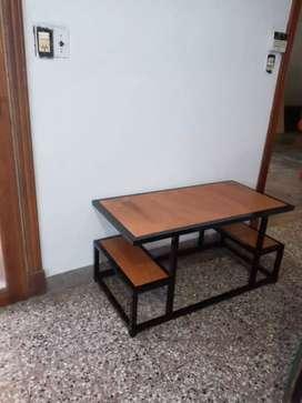 Fabricación de muebles Industriales.