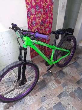 Se vende bicicleta Venzo Fx-7 evo