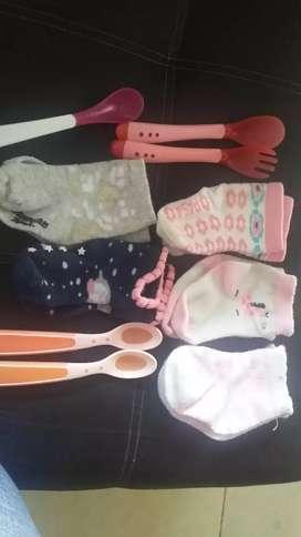Ropa de bebe y accesorios