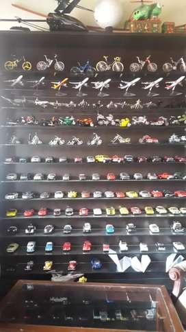 Se Vende Coleccion de Autos, Motos Y Avi