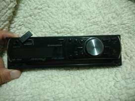 STEREO PIONEER con puerto USB y entrada DVD