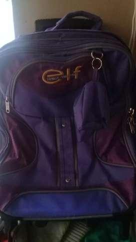 Vendo mochila usada con carrito marca elf