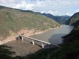Finca para proyecto turístico con 2500 m de playa en La Represa hidrosogamoso