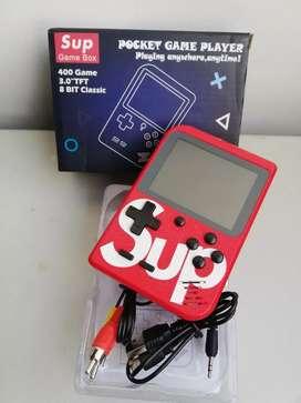 Mini Consola Retro Supreme como nueva!