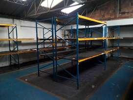 Estantería industrial para almacenamiento