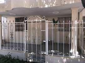 Arriendo casa de un piso en urbanizacion Villa Alejandria Santa Marta