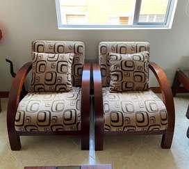 Dos sillas individuales para sala
