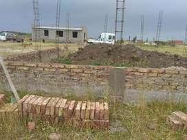 Vendo terreno con edificación