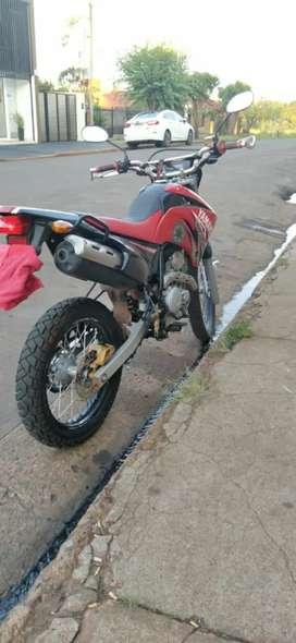 Vendo Yamaha xtz exelente Estado