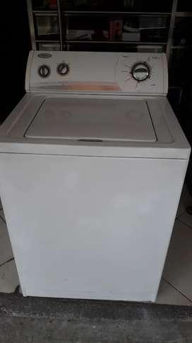 Lavadora Whirpool Americana 30 libras usada en muy buen estado