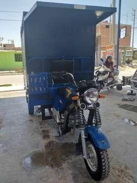 Moto furgon