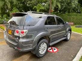 Vendo Toyota Fortuner