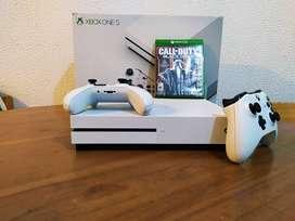 SE VENDE XBOX-ONE EN PERFECTO ESTADO !!!