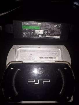 Vendo PSP marca Sony con su respectivo cargador original
