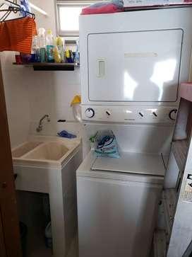 Vendo torre lavadora y secadora a Gas