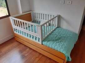 Cama doble para bebe con barandas que se pueden quitar
