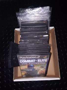 Caja de 39 juegos usados de ps 2
