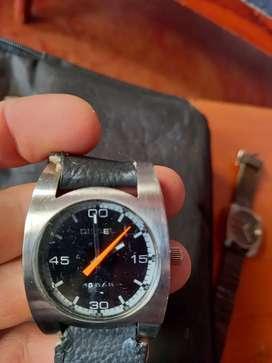 Se vende reloj original  diesel