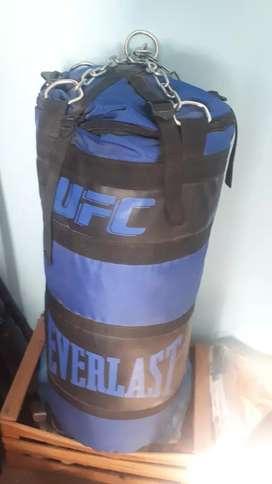 Bolsa de box y guantes