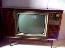 Televisor antiguo admiral de tubos