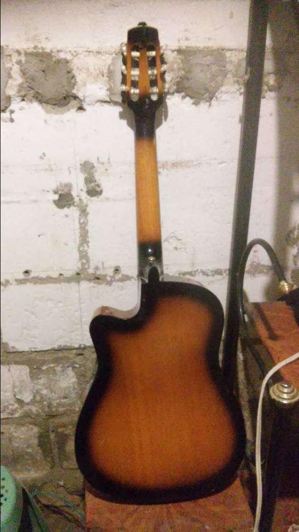 Guitarra c 0