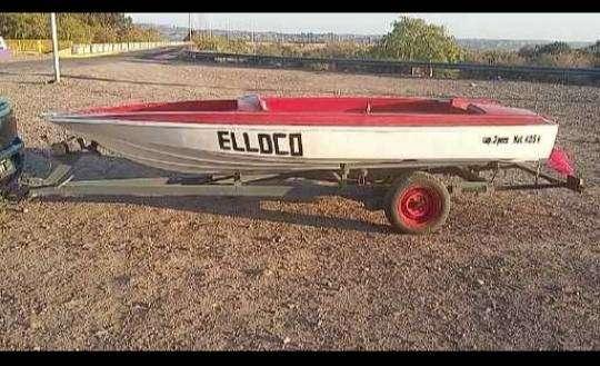 Bote con motor 0