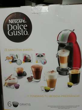 Cafetera Automatica Dolce Gusto usada