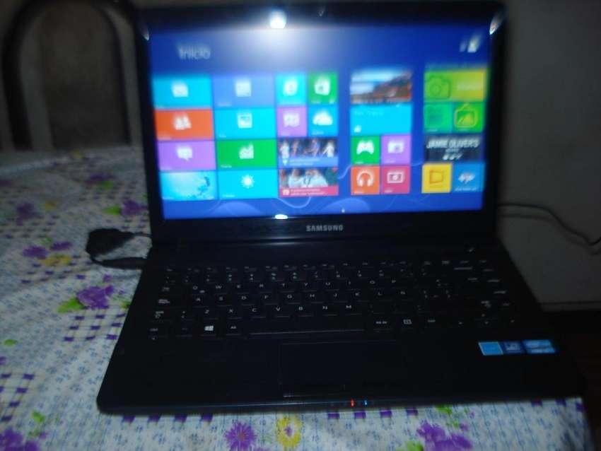 Notebook Samsung 300e5ev Hdmi Ram 8gb C/cargador Orig Impeca