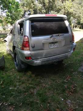 Se vende 4runner chocada