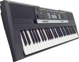 Yamaha 243 piano