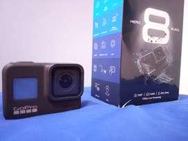 Vendo Cámara GoPro HERO 8 Black + Accesorios