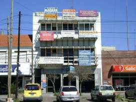 Oficina en venta sobre Avenida en San Justo Centro