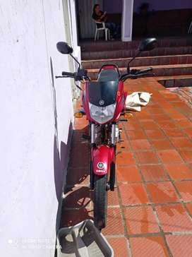 Vendo moto ycz 2020