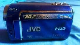 Vendo  O Permuto cámara de video y fotos JVC Everio HDD