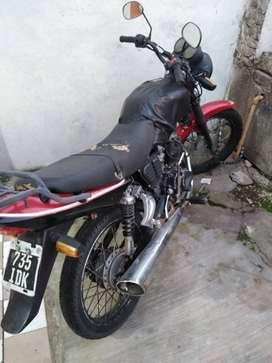 Se vende Zanella RX 150 mod 2012