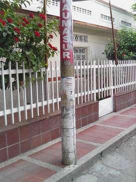 vendo CASA ESQUINERA CENTRAL COMO PARA CONSTRUIR CENTRO COMERCIAL