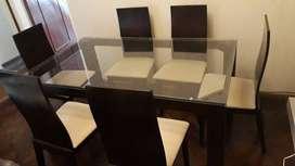 OPORTUNIDAD! Vendo juego de mesa y sillas